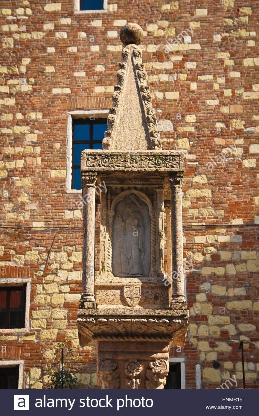 Aedicule 1410,Market column, .Piazza Erbe, Verona Italy Stock Photo