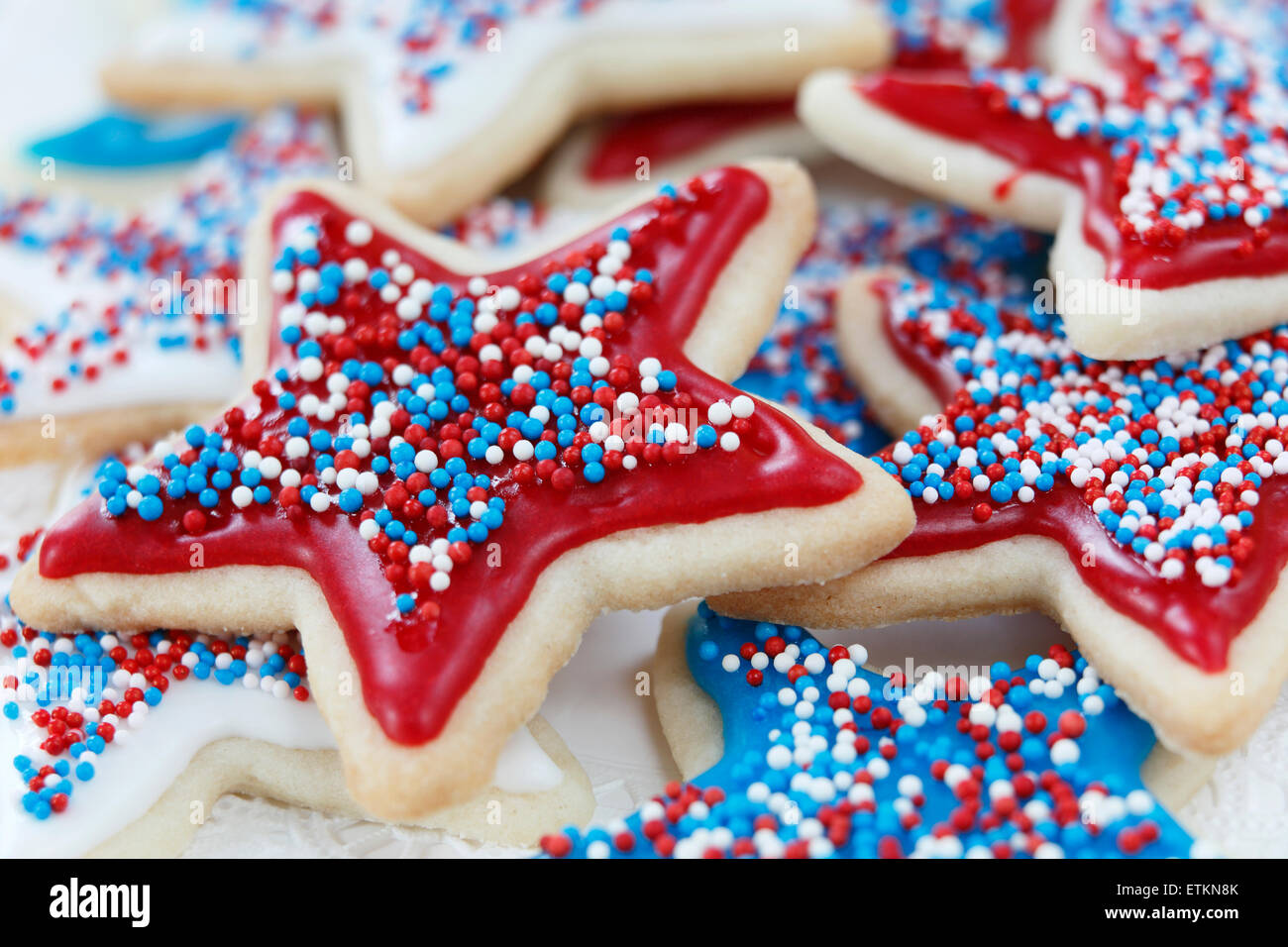 star-sugar-cookies-decorated-for-4th-of-