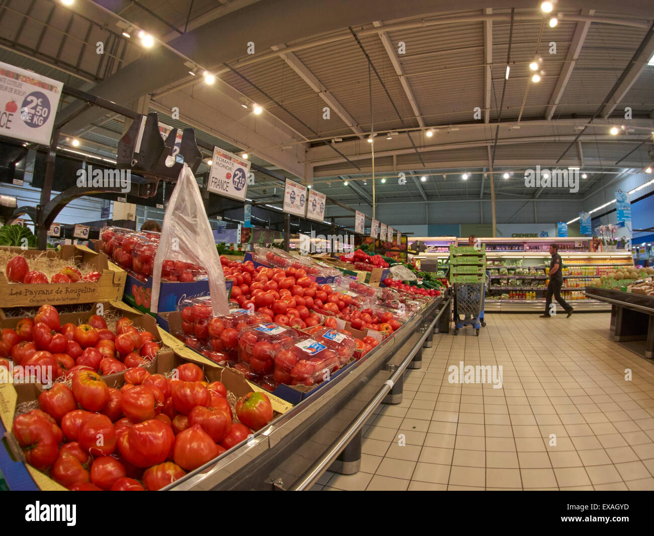 france-has-a-wide-choice-of-supermarkets
