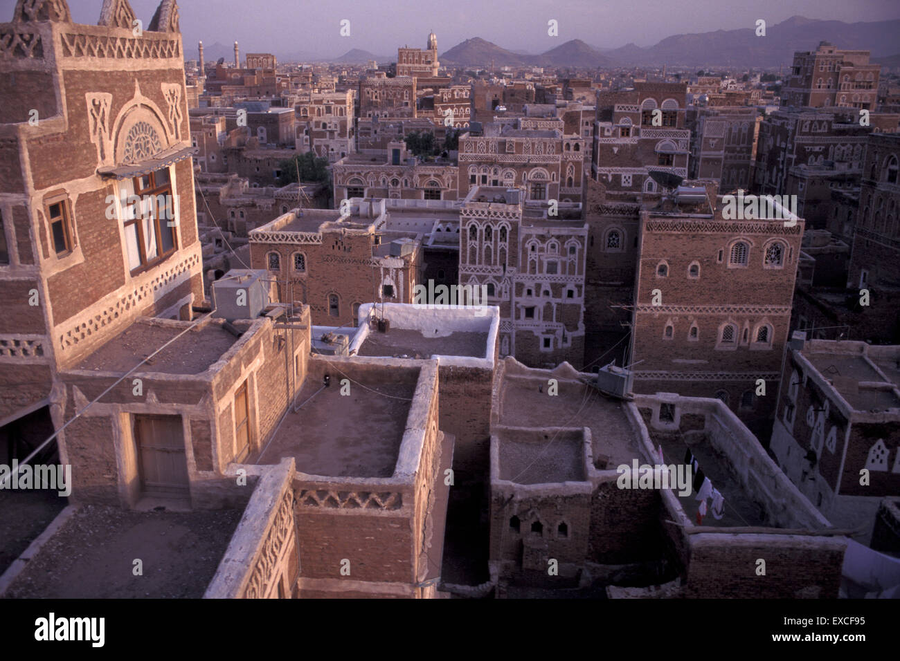 old-city-of-sanaa-skyline-at-sunset-with