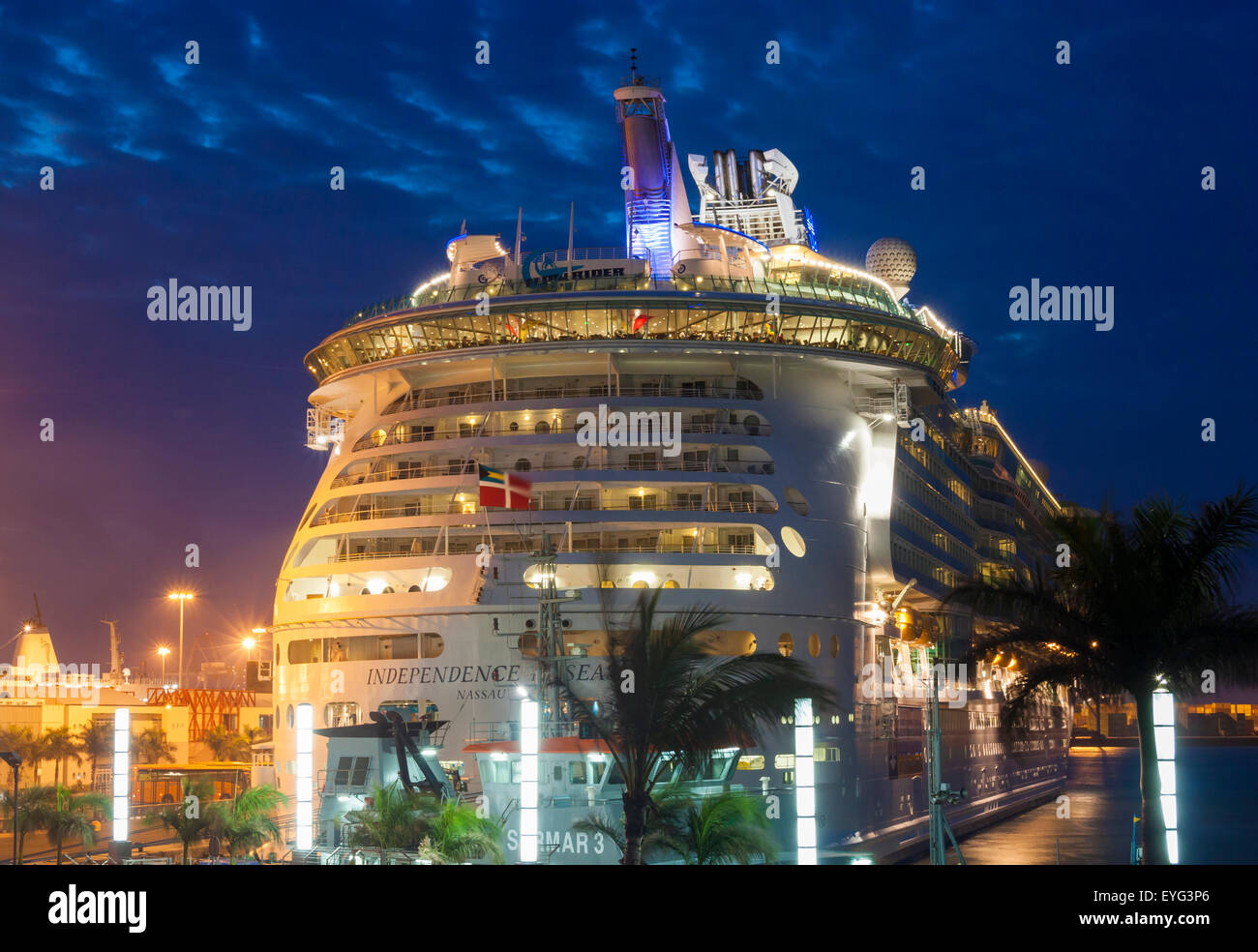 Cruise ship independence of the seas in las palmas port gran stock photo royalty free image - Port of las palmas gran canaria ...