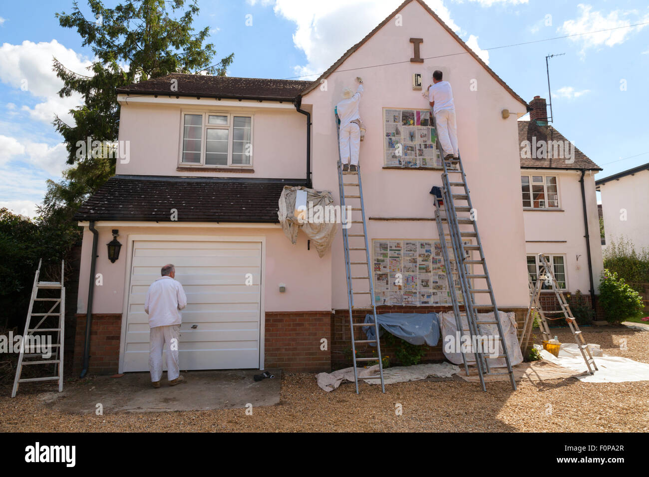 professional-house-painters-painting-the