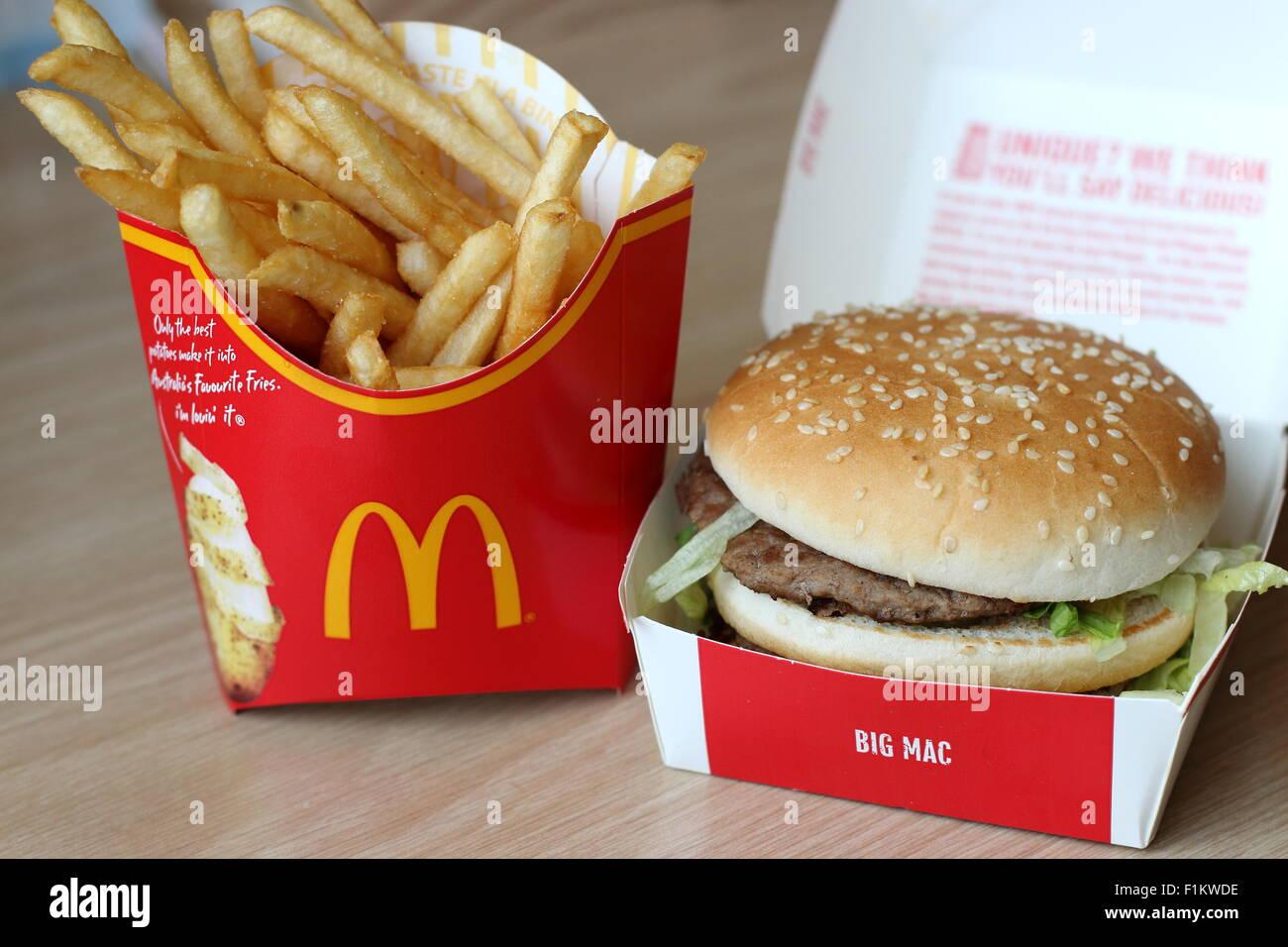 mcdonalds-big-mac-burger-and-fries-F1KWD