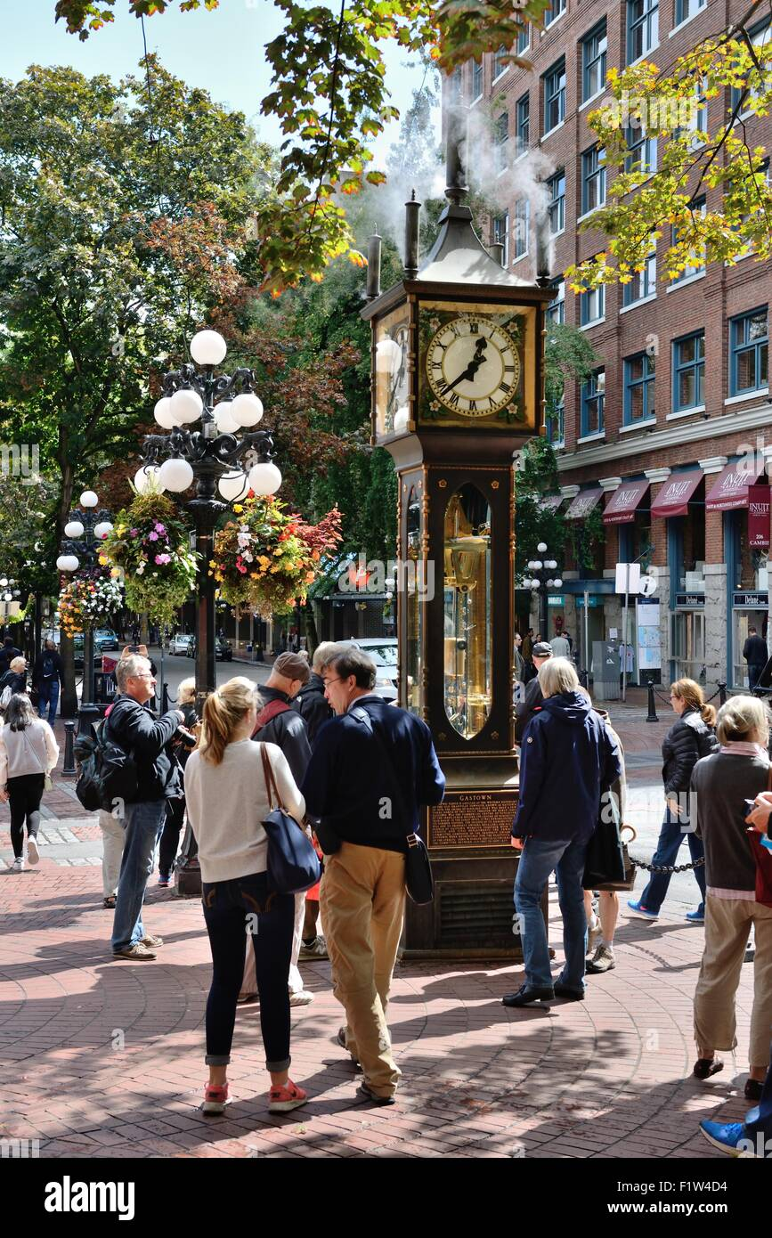 a-working-steam-clock-in-water-st-gastown-vancouver-bc-canada-built-F1W4D4.jpg