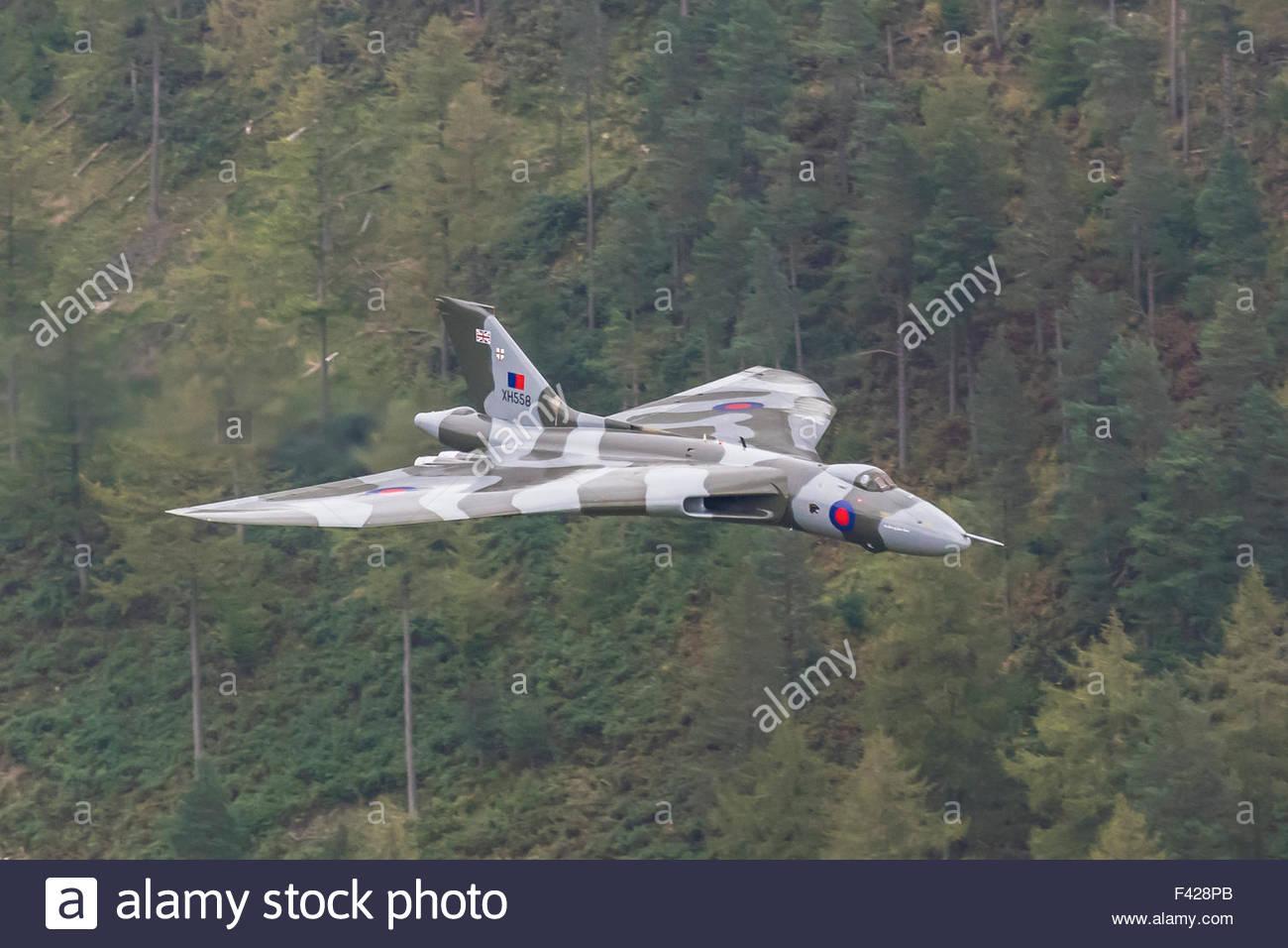 the-last-flight-worthy-vulcan-bomber-xh5