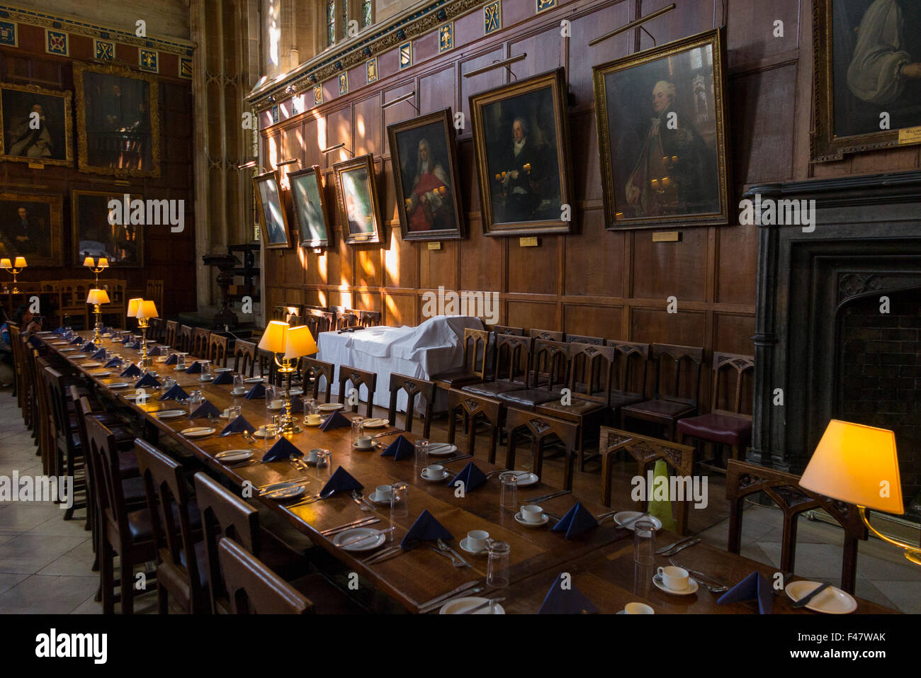 Laid dining table inside interior of the great hall the for Dining hall interior