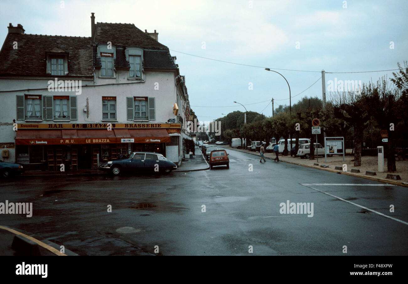 Ajaxnetphoto port marly france cafe famed by art cafe le stock photo royalty free image - Le soleil levant port marly ...