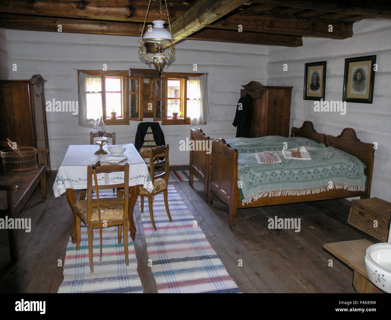 the-museum-of-liptov-village-interior-of