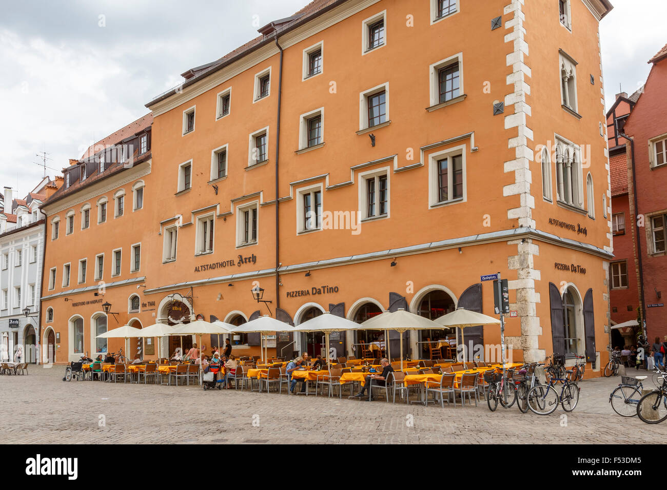 the altstadthotel and da tino pizzeria in regensburg bavaria stock photo 89201733 alamy. Black Bedroom Furniture Sets. Home Design Ideas