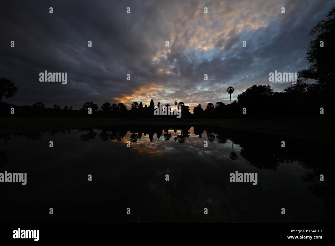 sunrise-at-angkor-wat-F54D1D.jpg