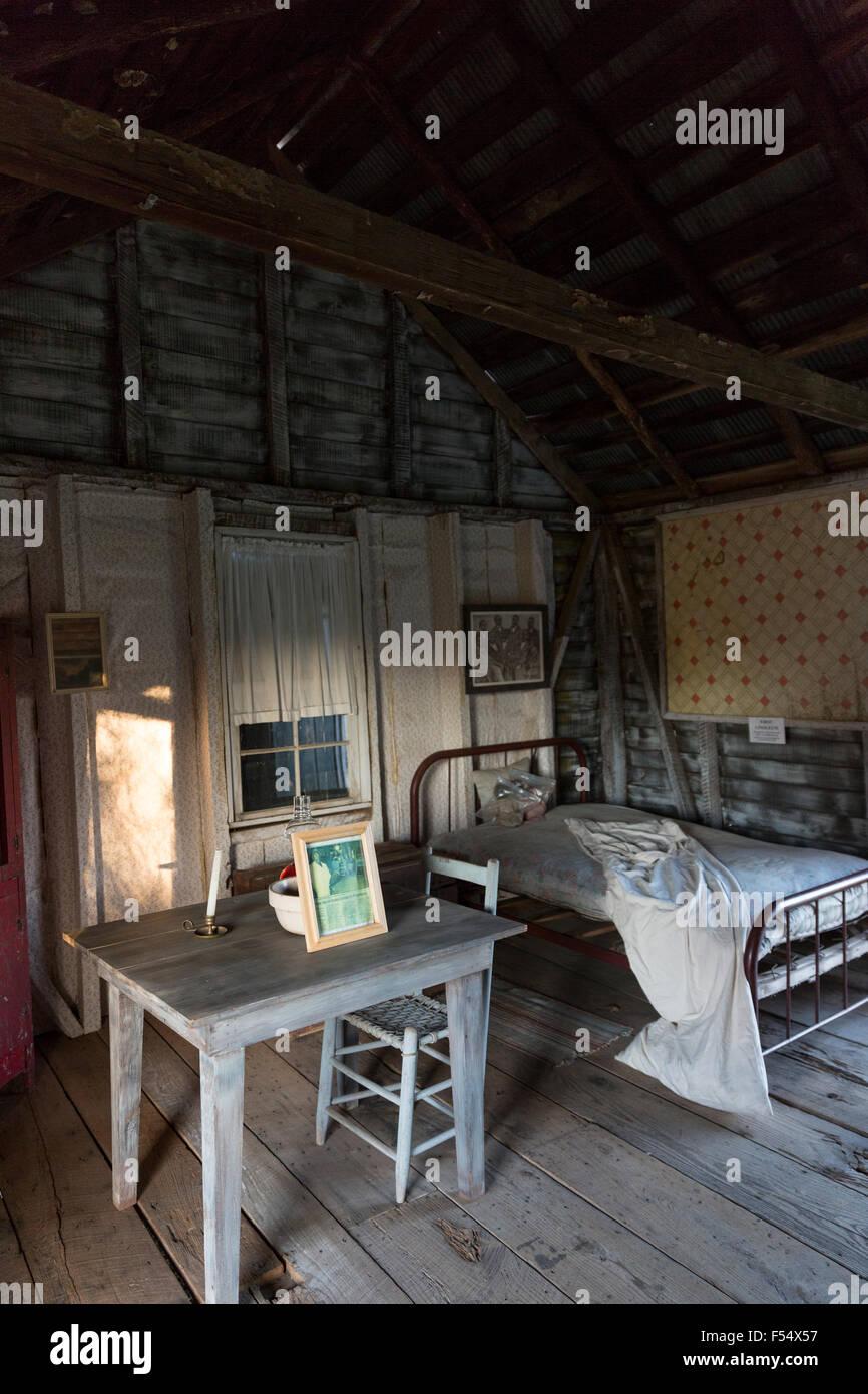 interior of preserved slave quarters shack at cotton. Black Bedroom Furniture Sets. Home Design Ideas