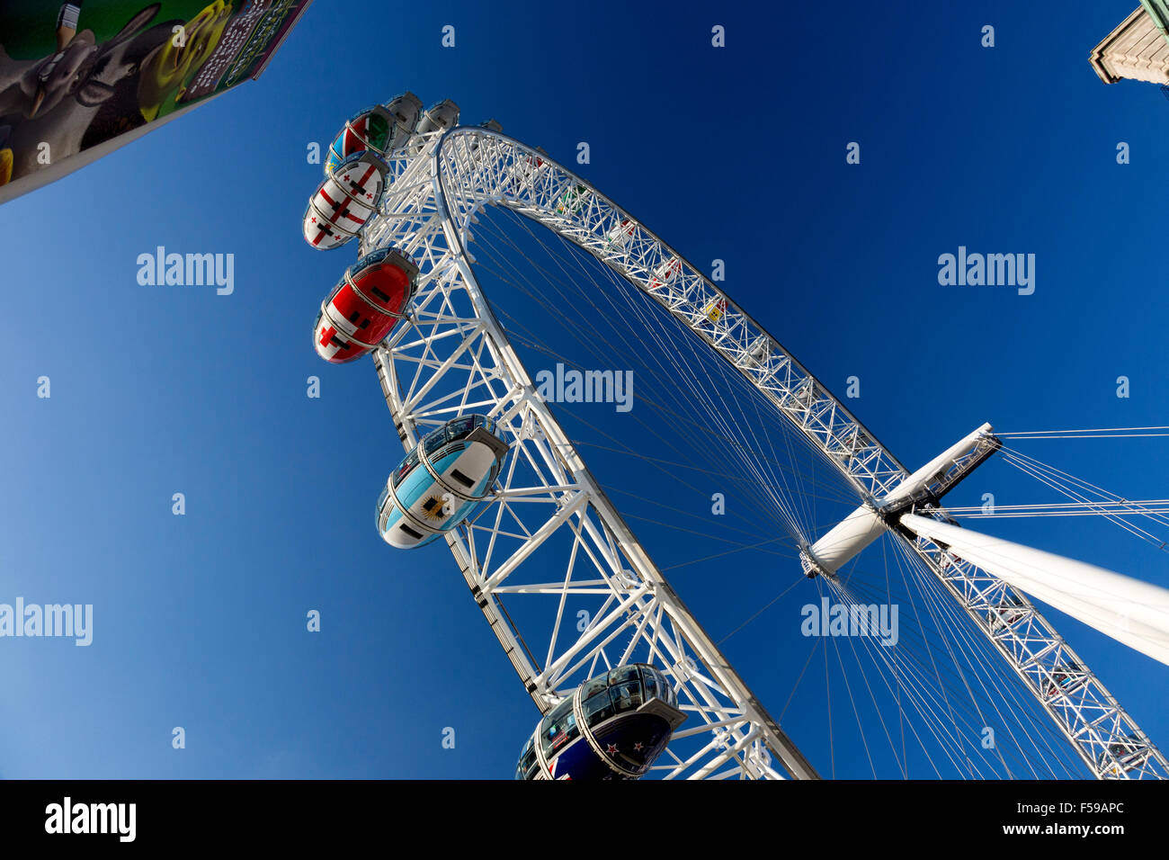 the-london-eye-with-gondolas-painted-in-national-colours-for-the-2015-F59APC.jpg