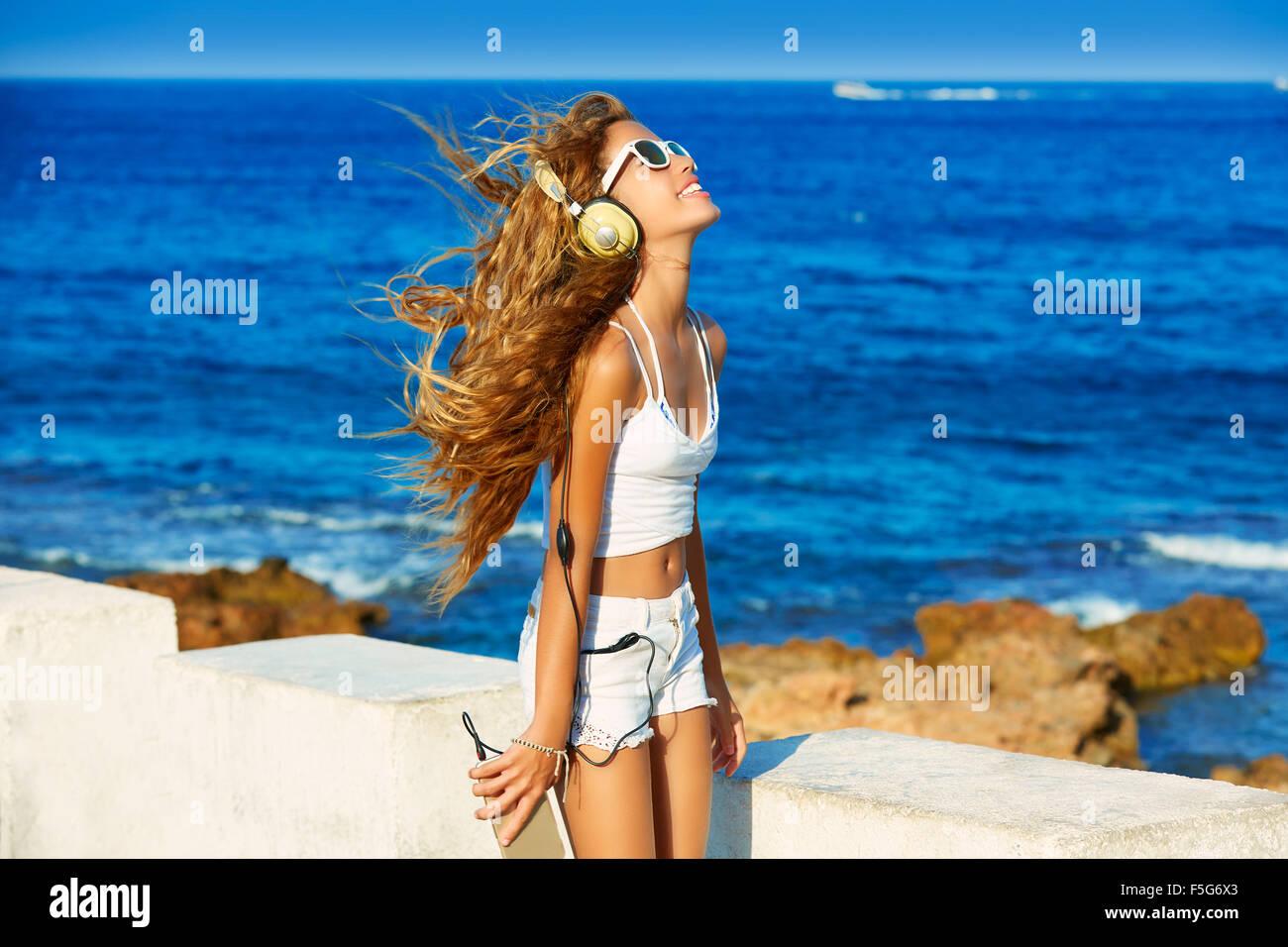 Bedroom Sunny Beach Music