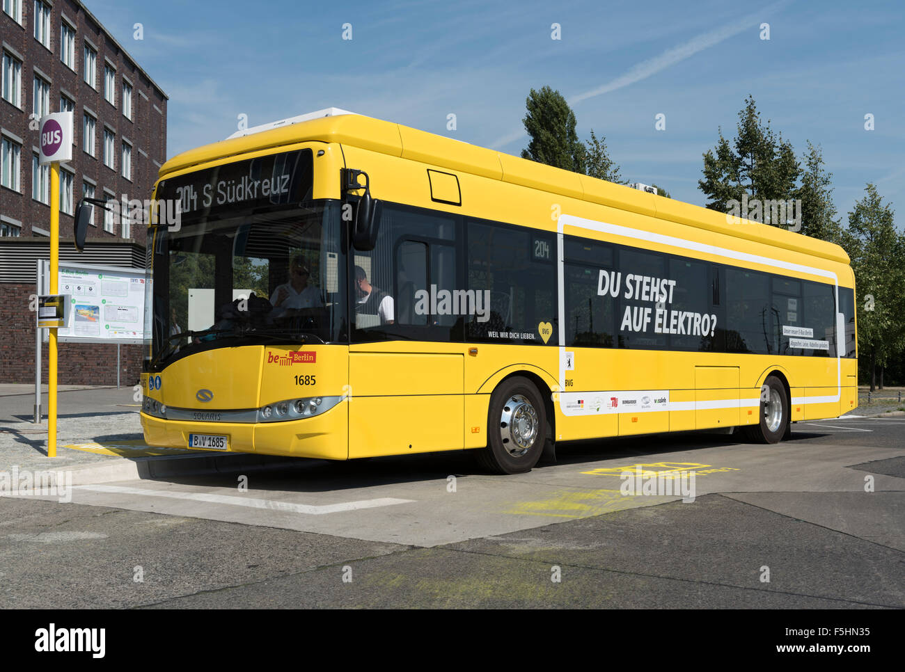 berlin germany e bus berlin bvg line 204 cars in 1685 stock photo royalty free image. Black Bedroom Furniture Sets. Home Design Ideas