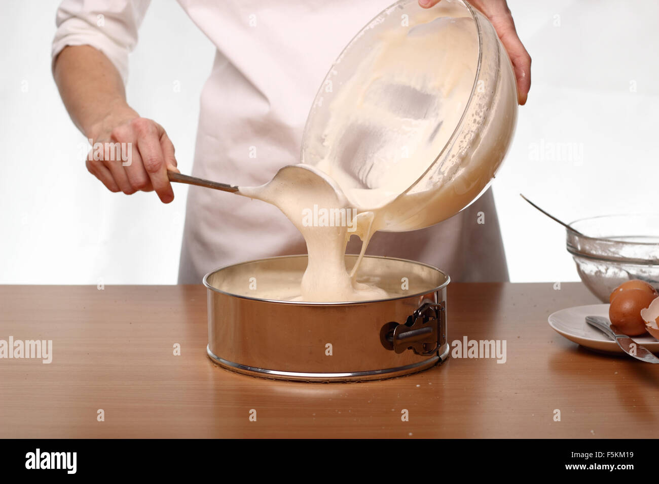 Making Pound Cake Into Cupcakes