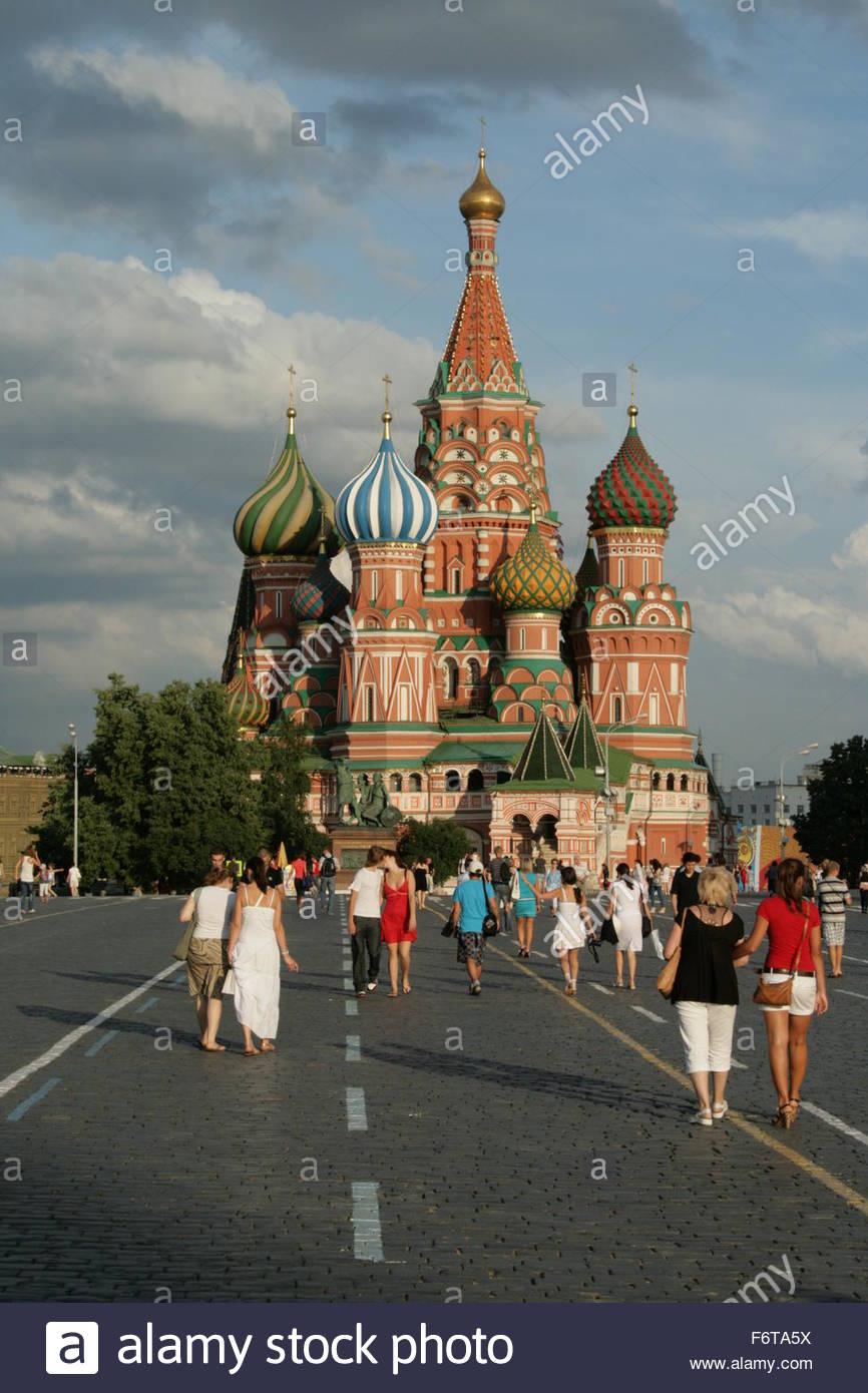 basilica-mosow-red-square-F6TA5X.jpg
