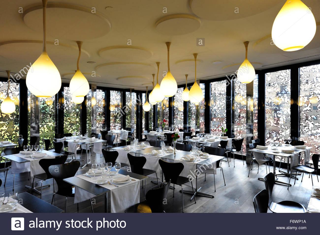 Interior decoration arturo restaurant to la caixaforum for Decoration restaurant