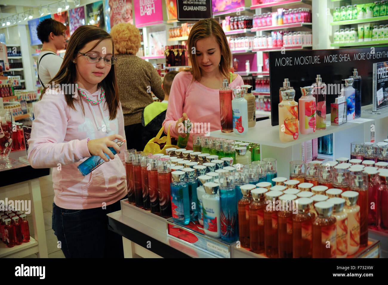 Two Pre Teen Girls Shopping In Quot Bath And Body Works Quot In