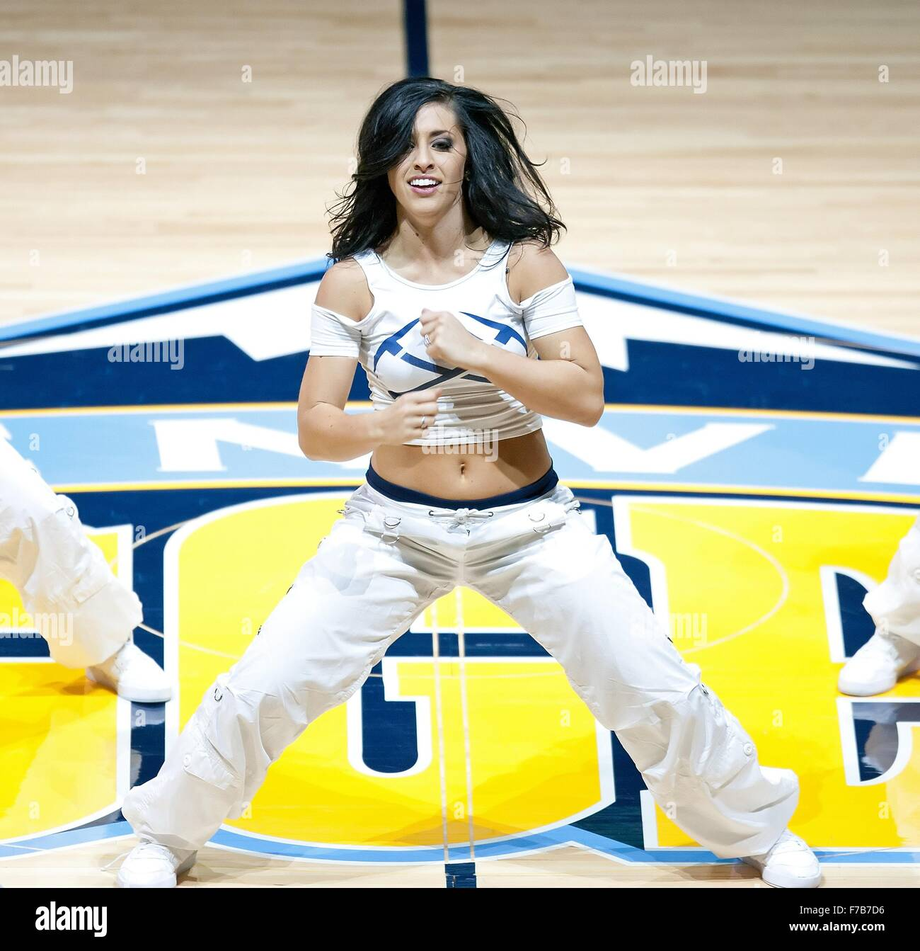 Denver Nuggets Dancers: Denver, Colorado, Usa. 27th Nov, 2015. The Denver Nuggets