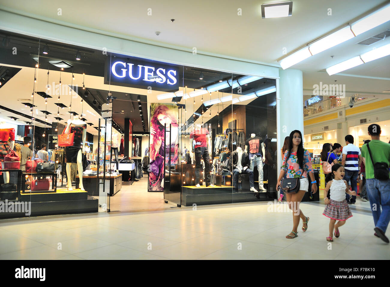 Guess clothing store locations