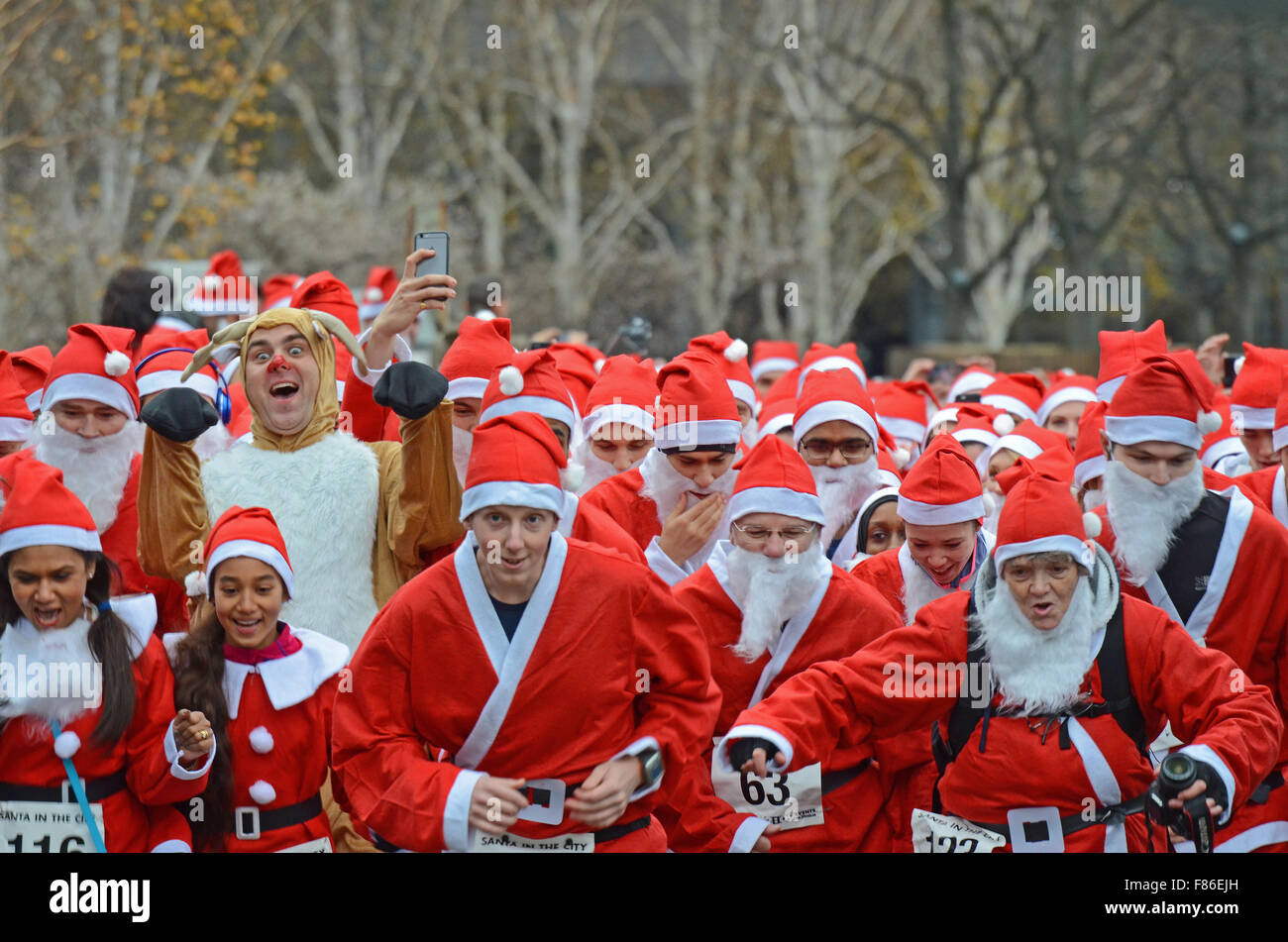 santa-in-the-city-is-one-of-londons-newest-santa-runs-with-its-start-F86EJH.jpg