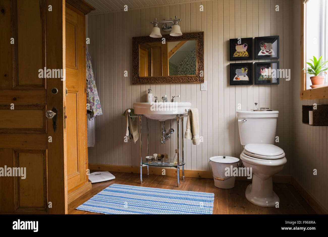 Main bathroom inside a country cottage style residential for Country cottage style bathrooms
