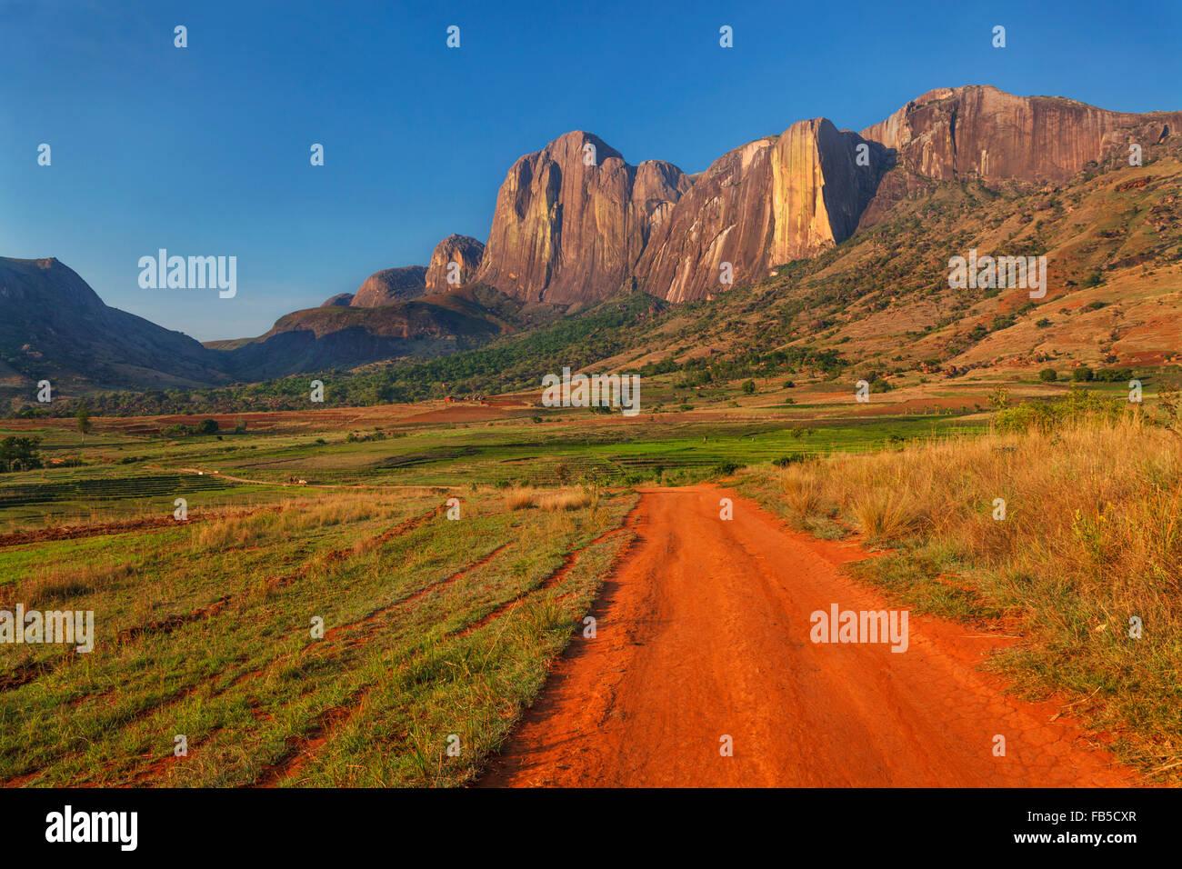 The Tsaranoro Massif, Andringitra National Park ...