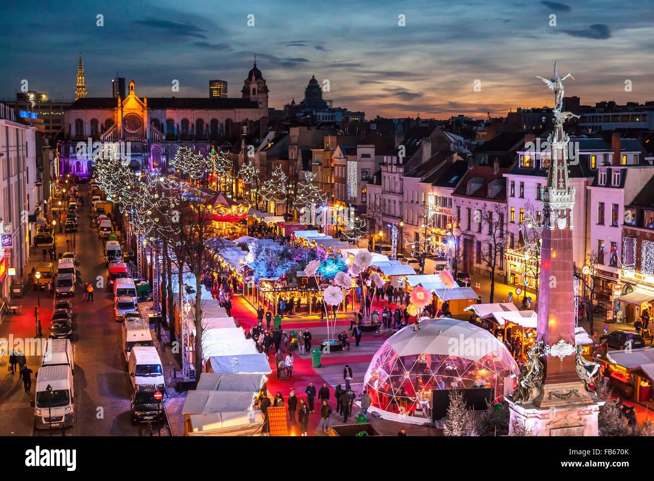 http://c7.alamy.com/comp/FB670K/belgium-brussels-christmas-market-or-winter-wonders-march-aux-poissons-FB670K.jpg