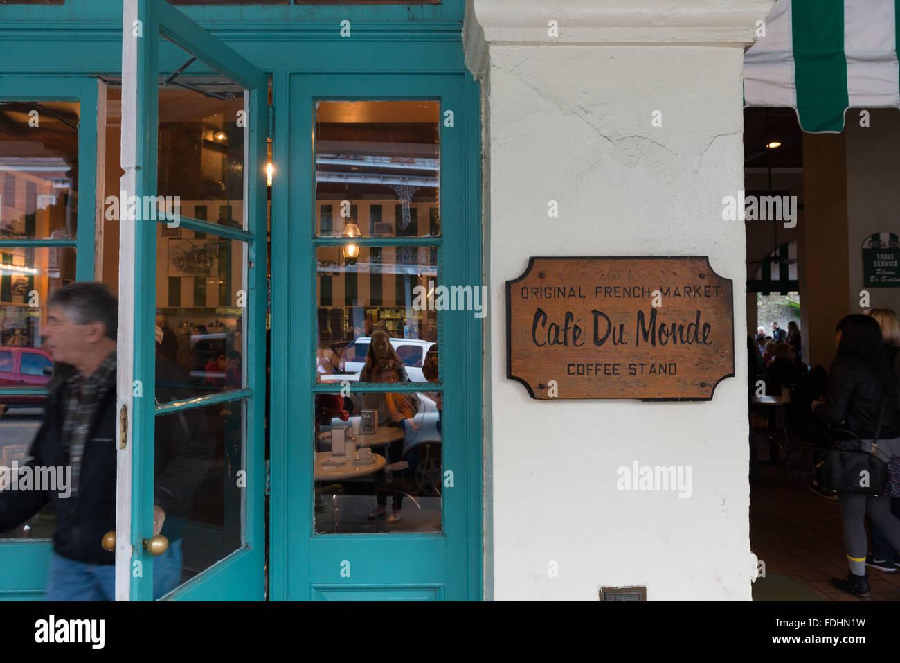 Cafe Du Monde Street Photography