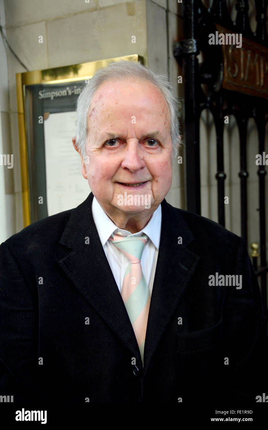 rodney-bewes-outside-the-oldie-of-the-ye