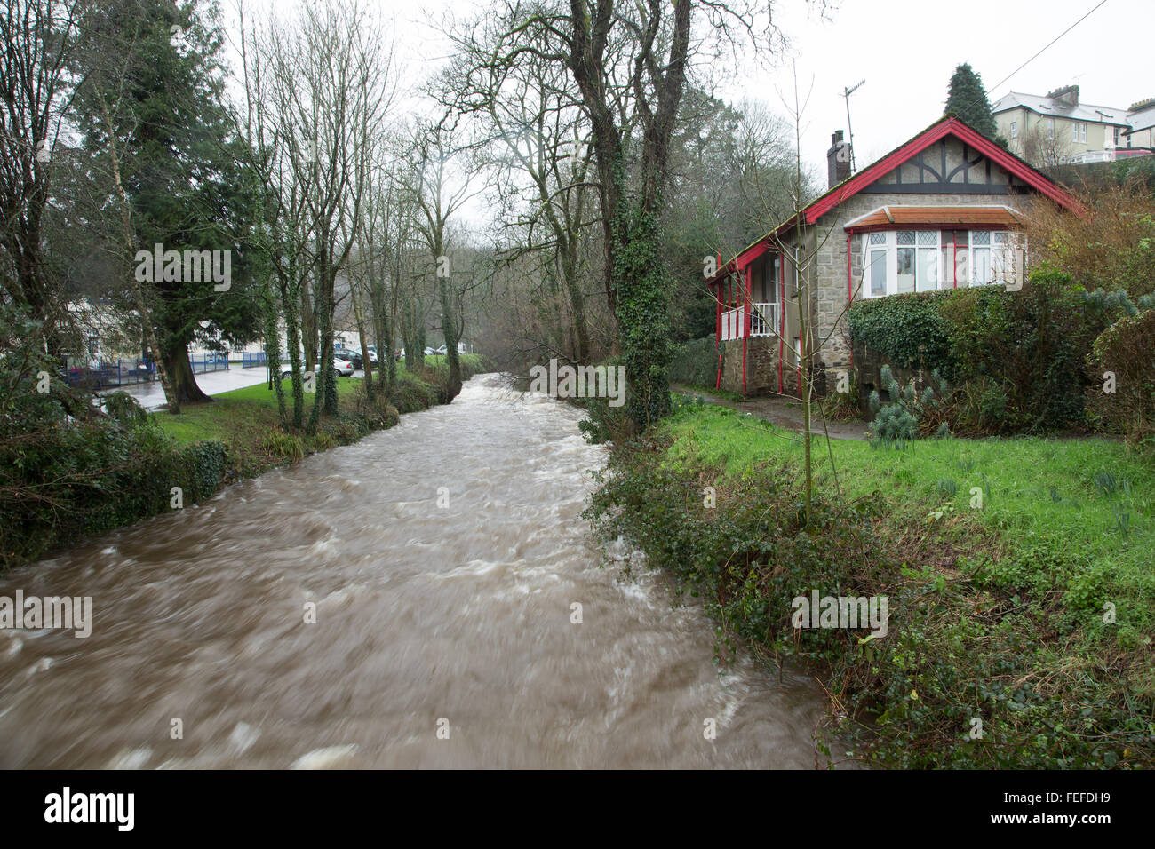 Okehampton, Devon, UK. 6th February, 2016. High river levels at Simmons Park in Okehampton during storm. Credit: Stock Photo