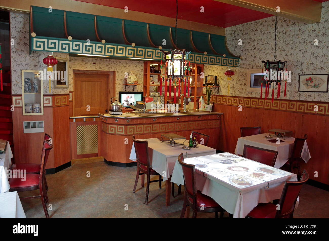 Interior of a 1960 39 s chinese restaurant in the netherlands for Interieur 70 jaren
