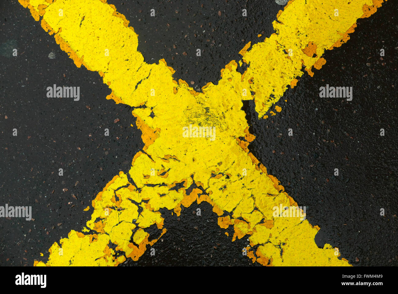 Full Frame Shot Of Road Marking Stock Foto