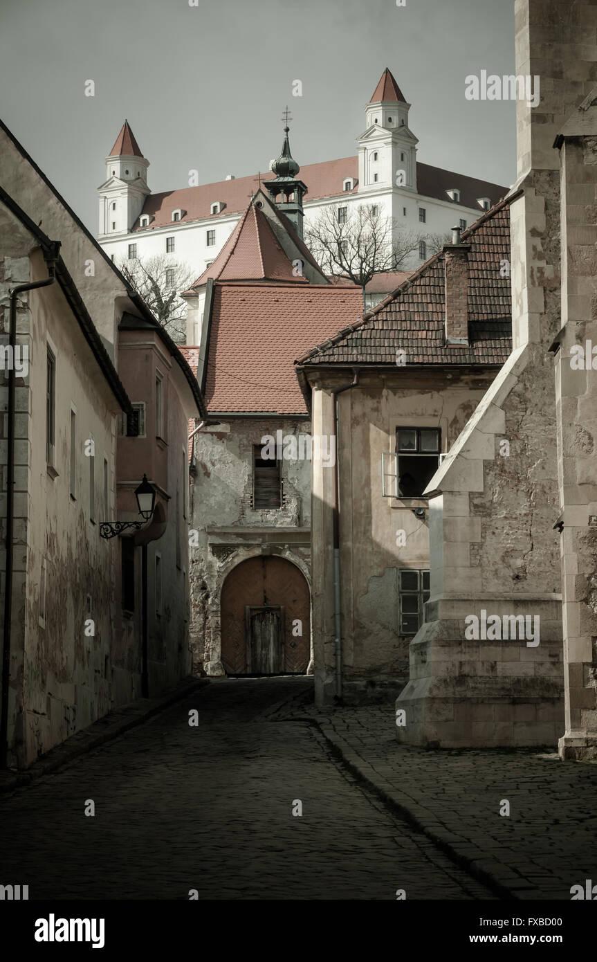 farska-street-and-the-bratislava-castle-