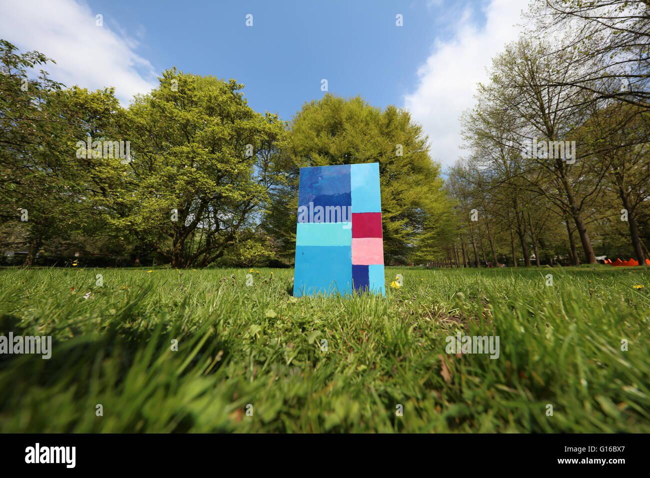stammheim-schlosspark-cologne-germany-G1
