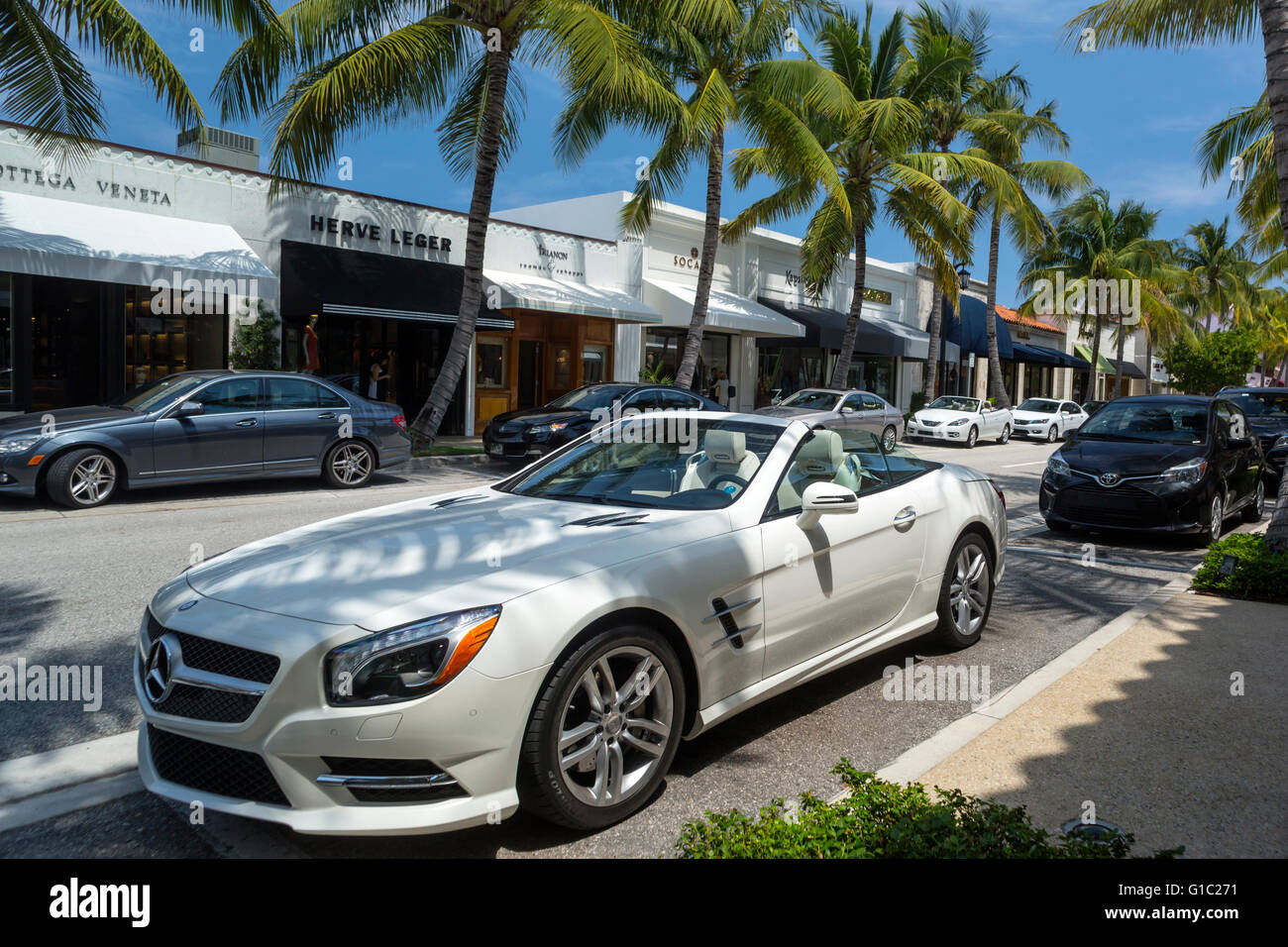 Mercedes benz roadster convertible worth avenue palm beach for Mercedes benz west palm beach florida