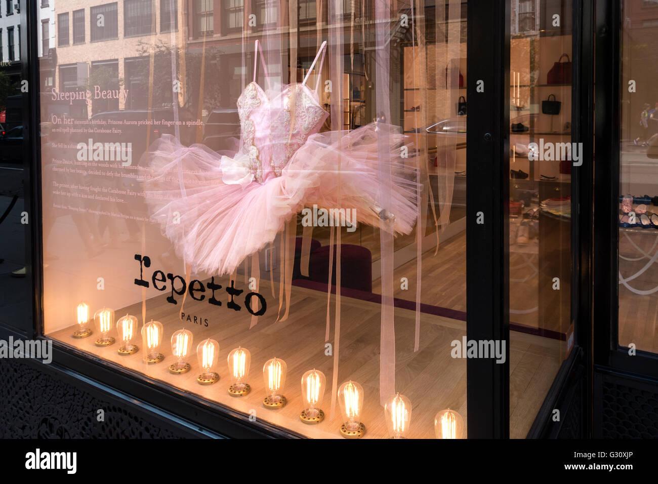 repetto-paris-shop-in-soho-in-new-york-c