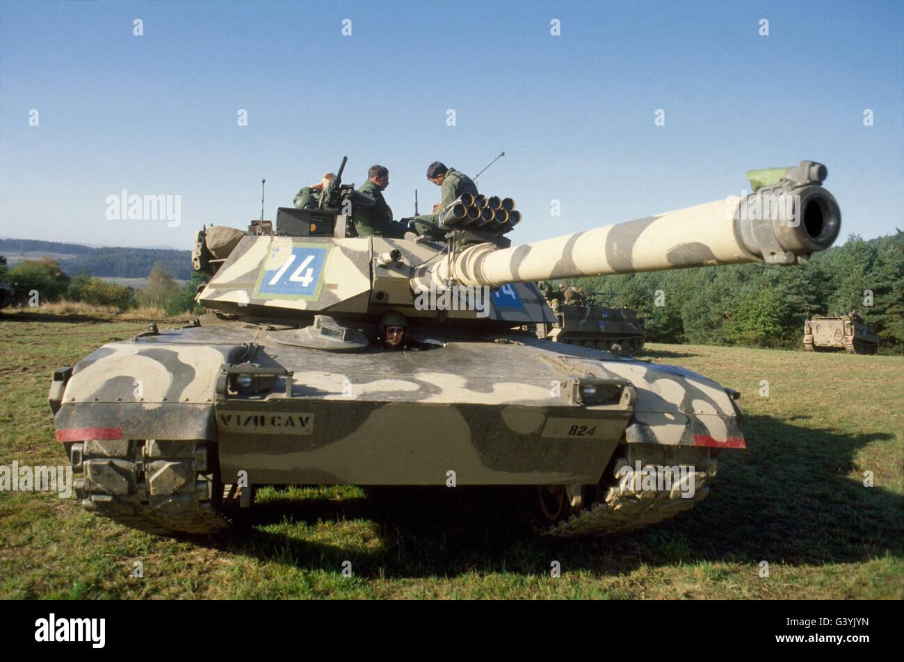 http://c7.alamy.com/comp/G3YJYN/us-army-tanks-m-1-abram-during-nato-exercises-in-germany-G3YJYN.jpg