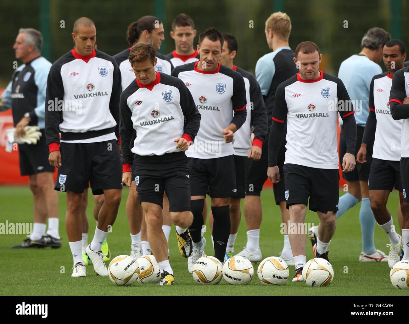 Soccer uefa euro 2012 group g montenegro v england for Euro 2012 groupe