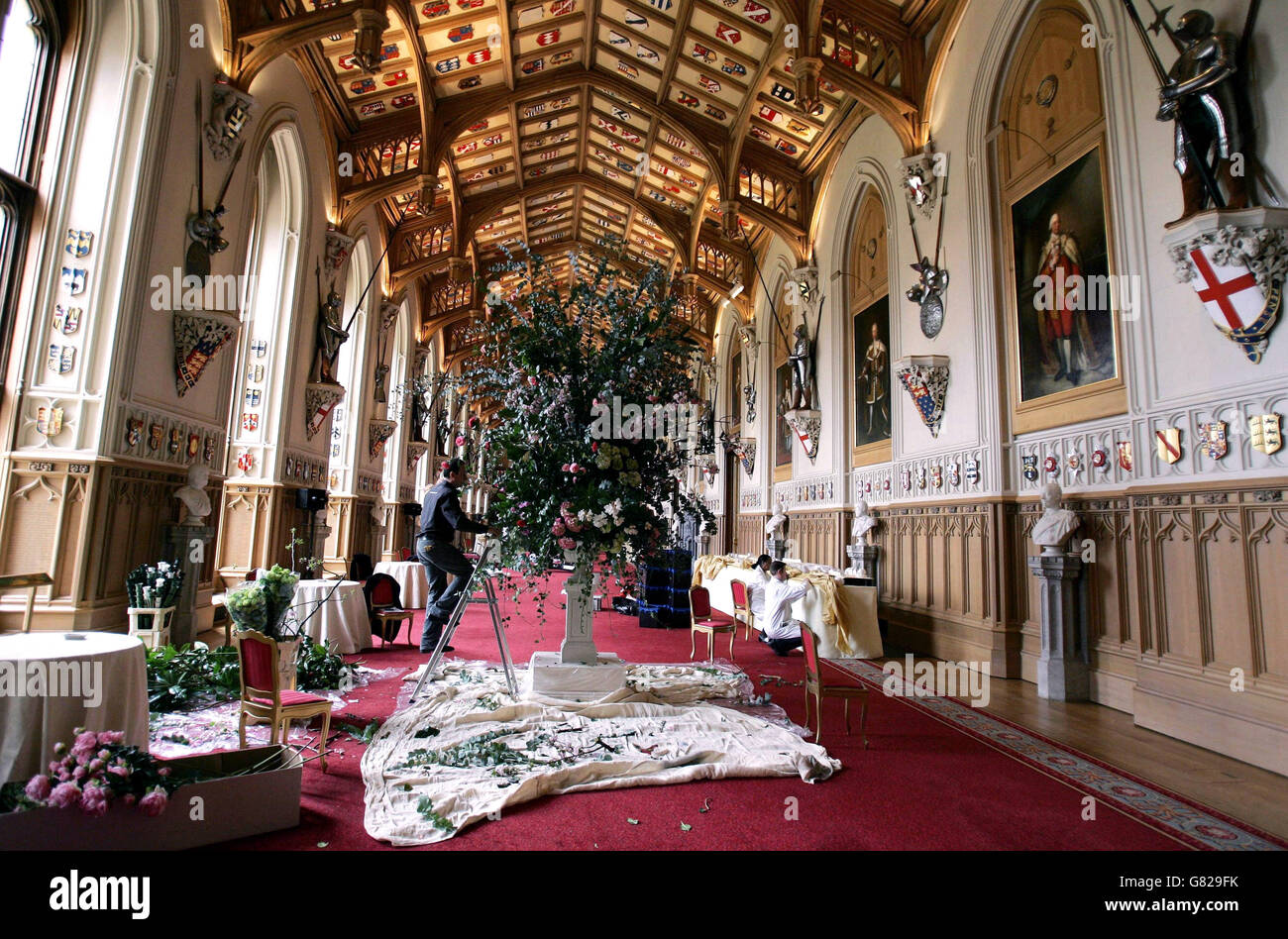 Royal wedding prince charles and camilla parker bowles for Interieur windsor