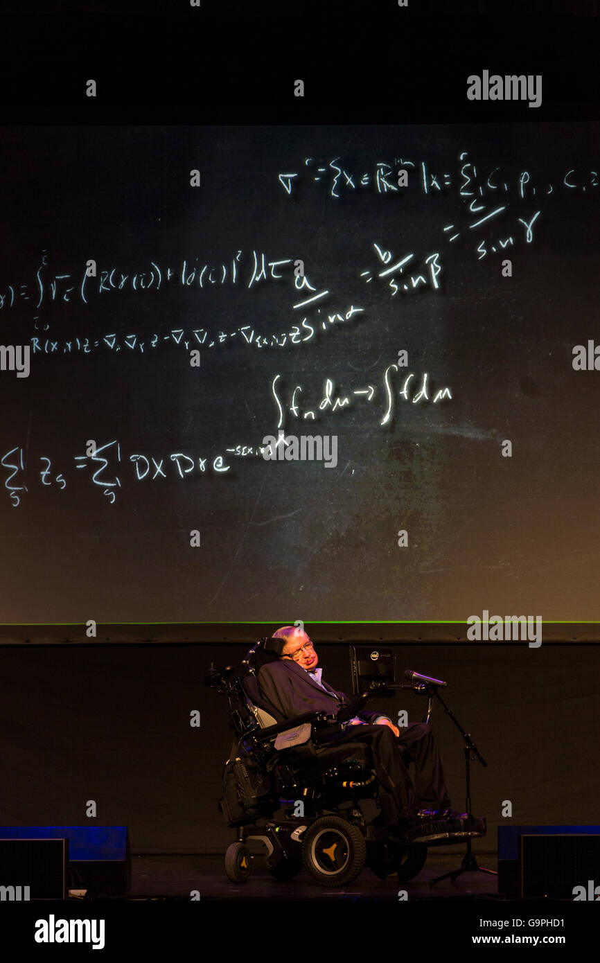 professor-stephen-hawking-speaking-at-th