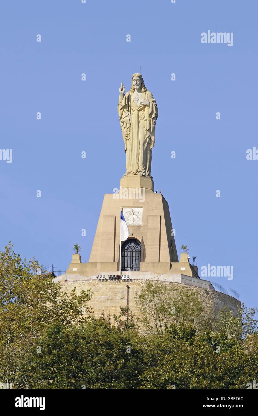 Statue of jesus christ monte urgull san sebastian pais - San sebastian pais vasco ...