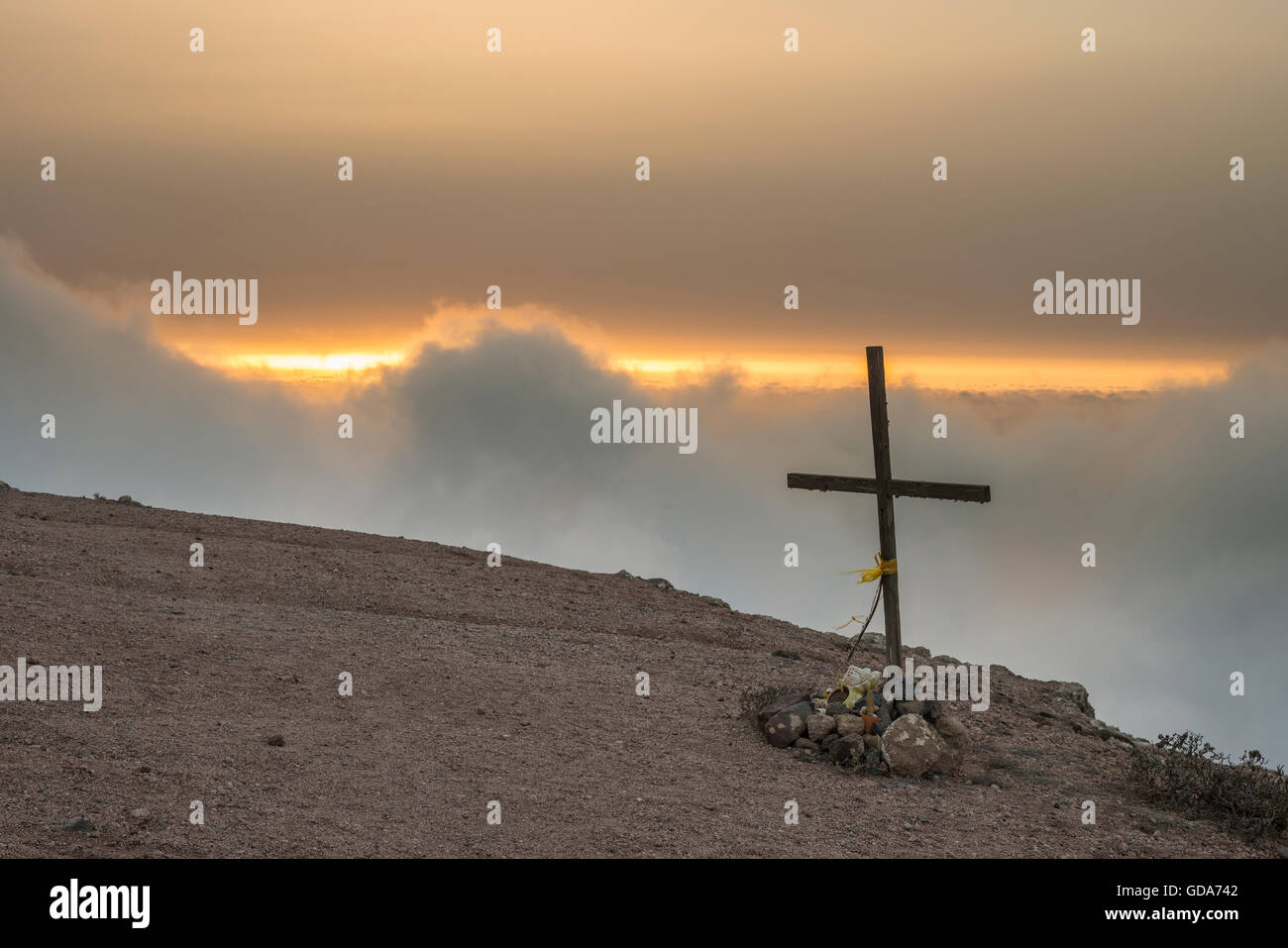 misty-evening-at-las-nieves-lanzarote-with-christian-cross-at-edge-GDA742.jpg