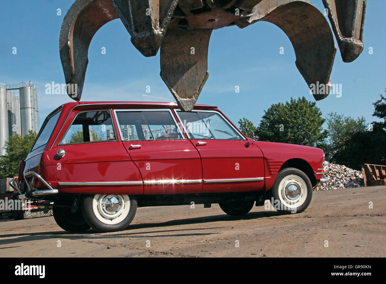 citroen ami 6 break club built in 1968 at a junkyard stock photo royalty free image 117597417. Black Bedroom Furniture Sets. Home Design Ideas