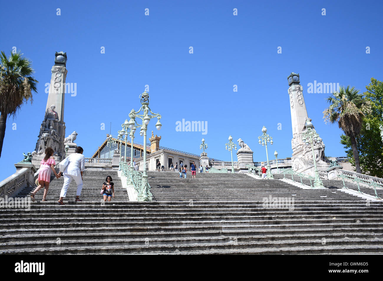 stairway of saint charles railway station marseille bouches du rhone stock photo royalty free. Black Bedroom Furniture Sets. Home Design Ideas