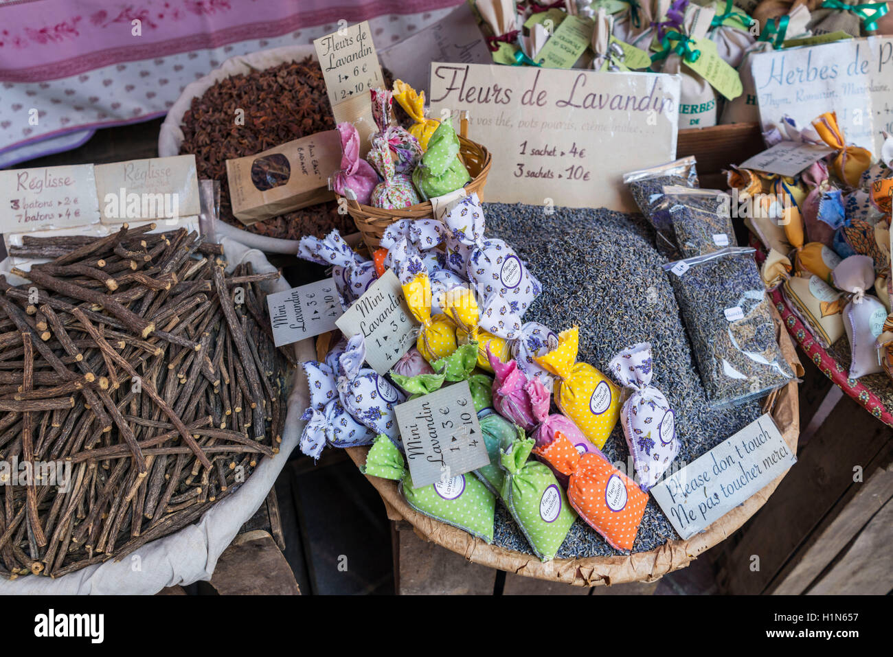 Spices and Souvenirs, Herbes de Provence, Lavandin, Roses,  Market Stall, Vieux Nice, Cours Saleya,  Alpes Maritimes, Stock Photo