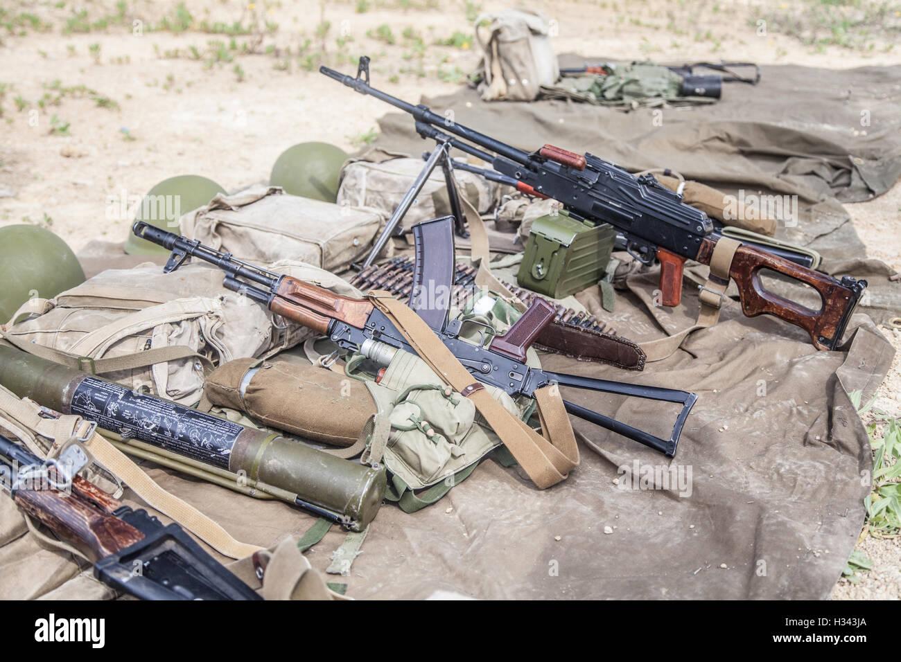 Soviet Afghanistan war - Page 6 Before-a-mission-H343JA