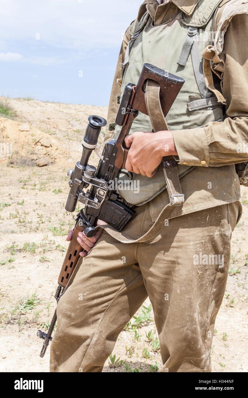 Soviet Afghanistan war - Page 6 Soviet-paratroopers-in-afghanistan-H344NF