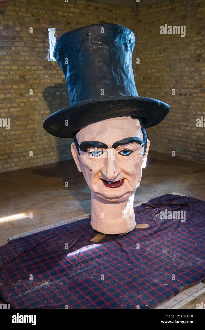 spare-papier-mach-head-of-effigy-the-ele