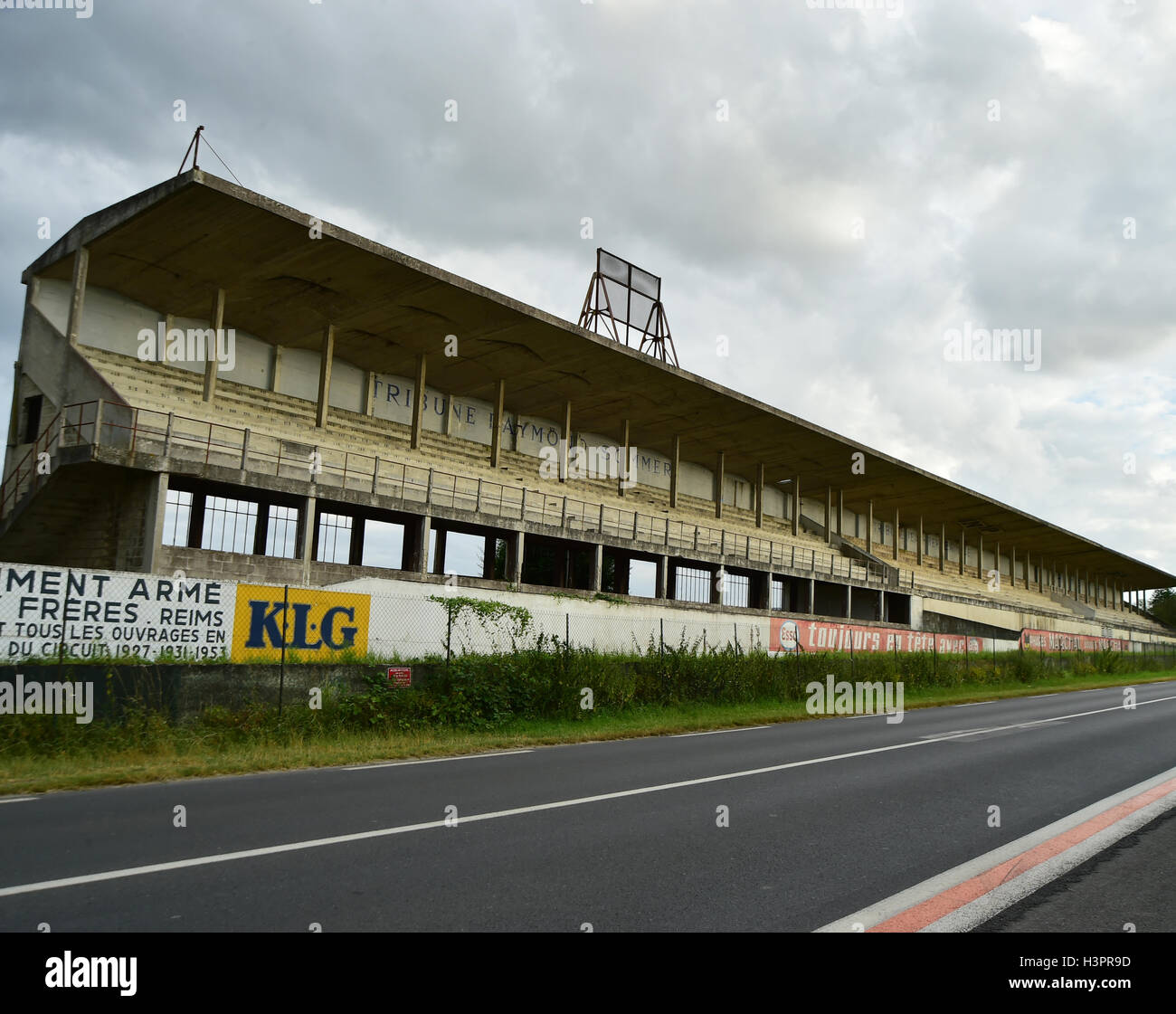 grandstand pits grandstand reims gueux french gp circuit classic stock photo royalty free. Black Bedroom Furniture Sets. Home Design Ideas